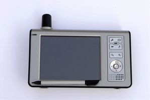 How to replace the screen on a Garmin Nuvi 5000